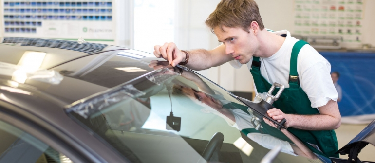 Saving Money on Auto Repairs by Using Salvaged or Used Car Parts