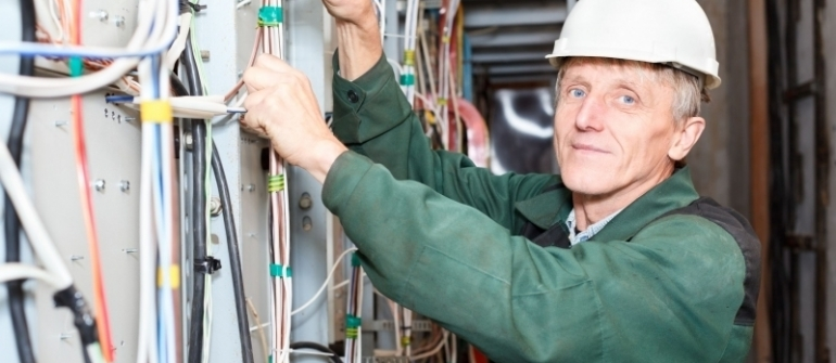 How Skilled Electrical Contractors in Wilkes-Barre, PA Can Help Residential and Commercial Customers