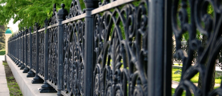 Three Reasons Why New Homeowners Should Contact Aluminum Fence Manufacturers In Nassau County