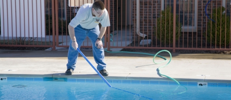 How to Tell it's Time for a Pool Liner Replacement in Long Island NY
