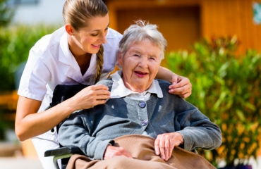 What to Look For in a Palm Coast, FL, Assisted Living Community