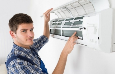 Factors That Influence Decisions About Air Conditioning Repair in Phoenix