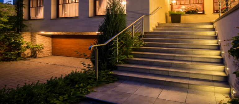 Top 3 Reasons to Consider Landscape Lighting in Palm Beach County, FL