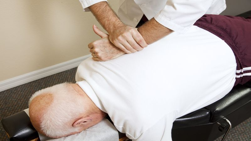 Choosing the Right Chiropractor in Chicago for Optimum Chiropractic Care